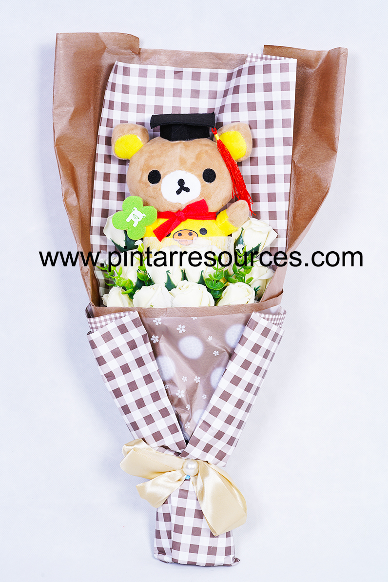 Graduation Bear Bouquet 1