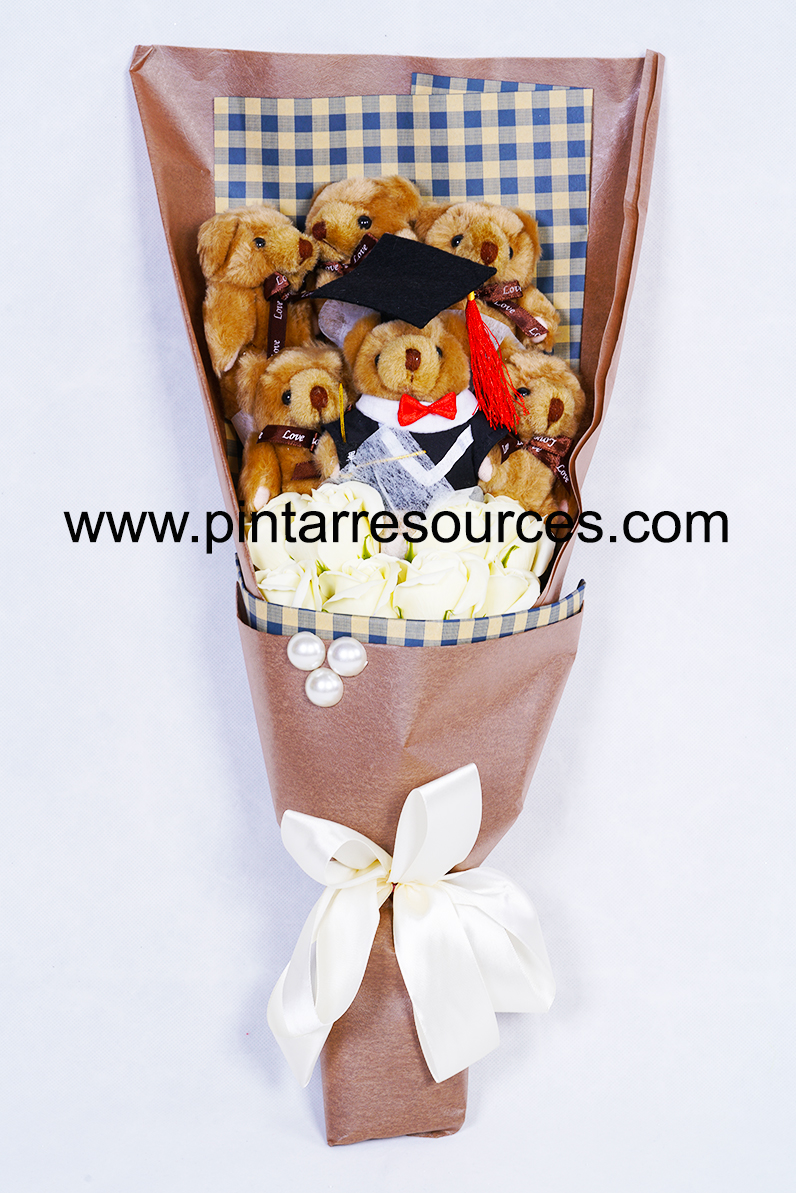 Graduation Bear Bouquet 2